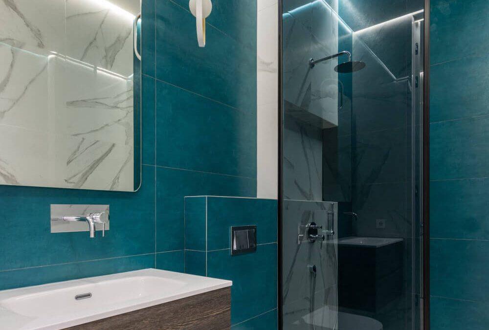 Стационарно тъмно стъкло за баня